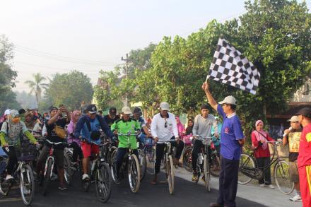 Sepeda Santai di Ulang Tahun  SMA N 1 Sanden