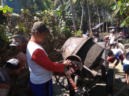 pembangunan Cor Blok di Kranggan Desa Murtigading