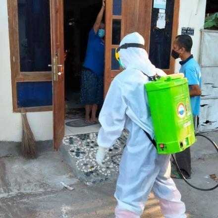 Penyemprotan Disinfektan di Wilayah Kalurahan Murtigading