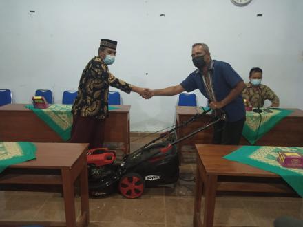 Bantuan Mesin Pemotong untuk PS Murtigading
