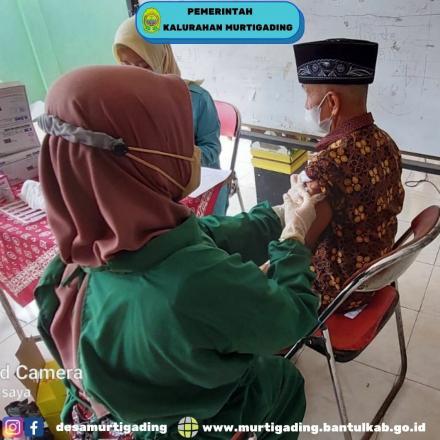 Vaksinasi untuk mempercepat Herd Immunity di Kalurahan Murtigading